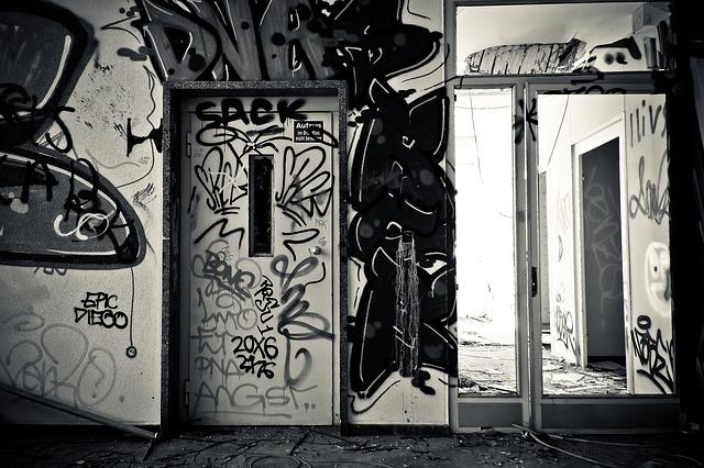 posuvné skleněné dveře